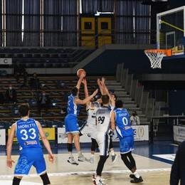 Basket A2, Treviglio flop a Roma (68-57), primo stop dopo tre vittorie