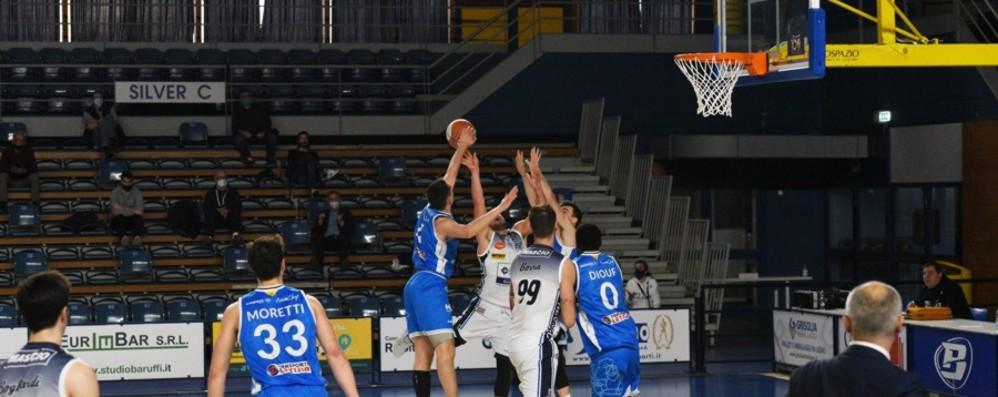 Basket A2, Treviglio tenta il bis a Ferrara, Bergamo domenica a Roma