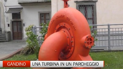 Gandino, una turbina del Novecento nel parcheggio riqualificato