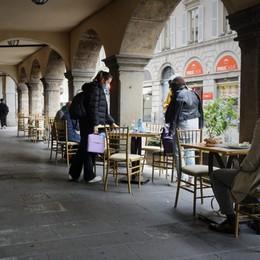 Il meteo non aiuta i ristoratori bergamaschi: poche prenotazioni e molte disdette - Foto