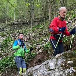 Nuova impresa del nonno runner, a 79 anni «conquista» l'Everest a Sedrina