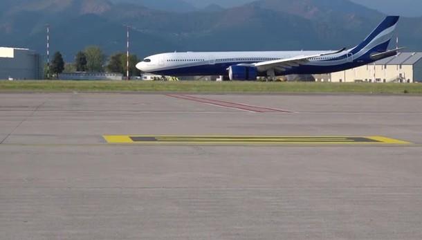 Orio, l'arrivo del volo dall'India