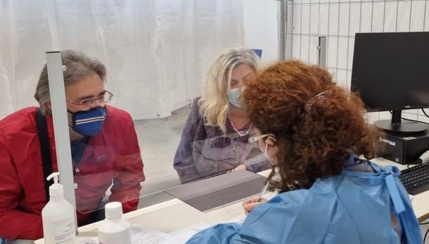 Ti hanno rinviato il vaccino per un'allergia? L'Asst Bergamo Ovest spiega come fare