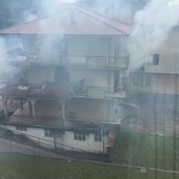 Trescore, incendio in un'abitazione. Inquilini evacuati, lievi ustioni per due donne - Foto