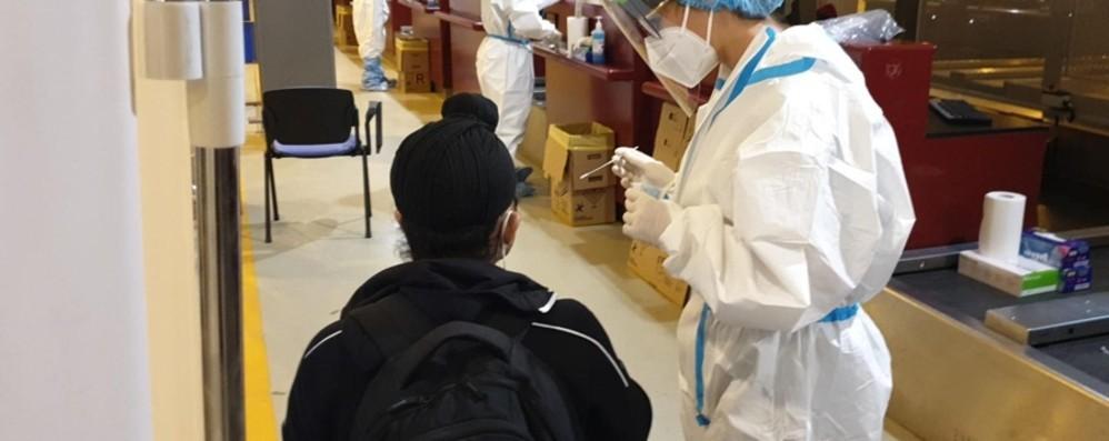 Volo dall'India: atterrerà a Orio lunedì sera: 150 passeggeri in quarantena