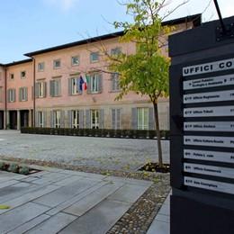 Focolaio di Covid tra i dipendenti comunali: chiude il municipio di Capriate