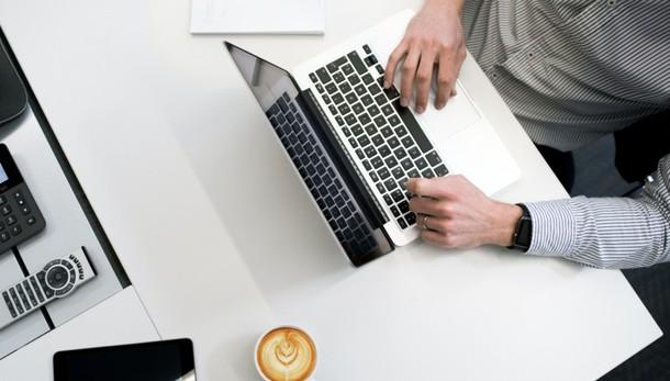 Hacker e smartworking, con il Covid un attacco a settimana