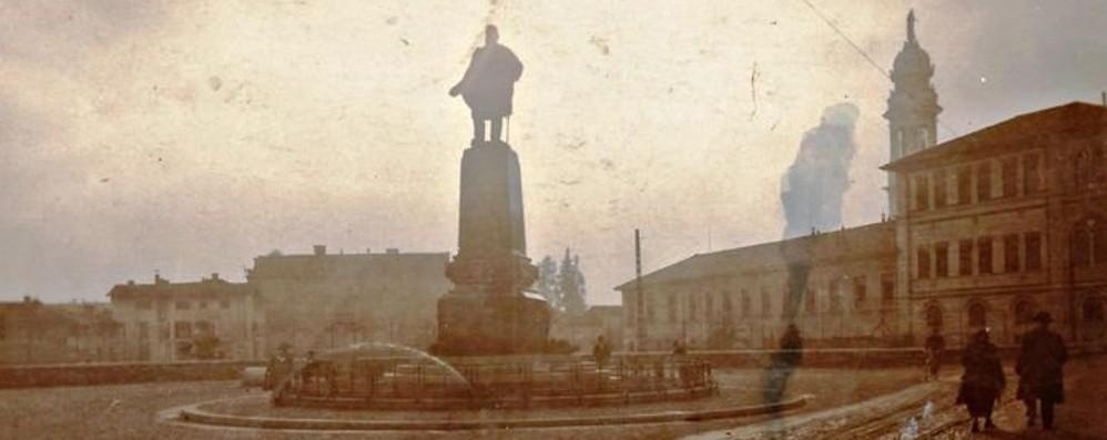 La Rotonda dei Mille un secolo fa: la statua, il «balcone» e il futuro teatro