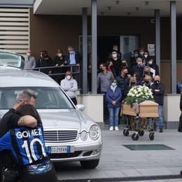 L'addio a Sergio Persico, travolto al muletto da un camion in retro: Orio e Grassobbio in lutto