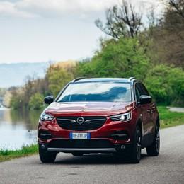 Opel Grandland X Hybrid4 anche a trazione integrale