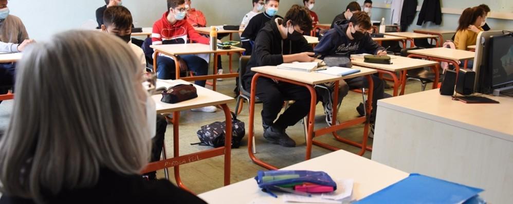 Scuola, 125 nuovi positivi, le classi in quarantena diminuiscono: sono 111