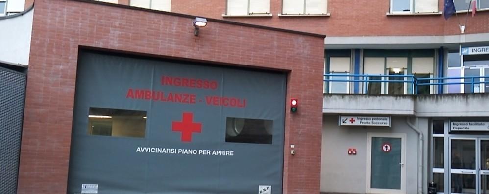 Solto Collina, due giovani accoltellati dopo una lite: uno è grave in ospedale