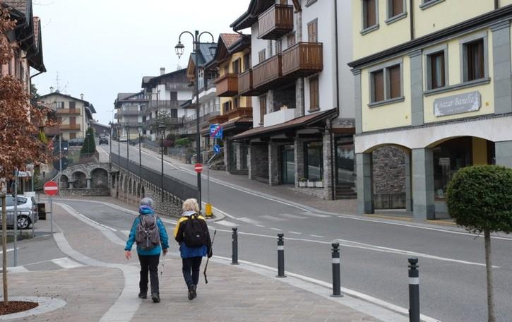 Valli e laghi,  zona gialla in sordina: il turismo  pronto a ripartire «ma con cautela»