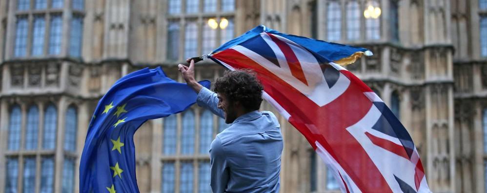 Europarlamento ratifica accordo commerciale Ue-Gb