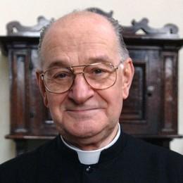 Nembro, addio a monsignor Gianluca Rota:     una vita di impegno pastorale