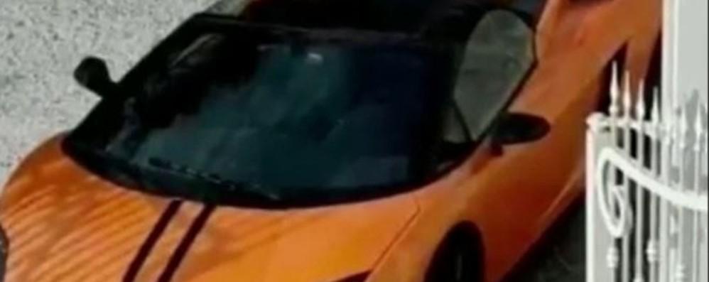 Autosalone fantasma per vendere auto: due fratelli in carcere - Video