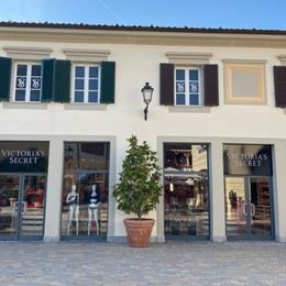 Secondo outlet, Victoria's Secret apre a Serravalle