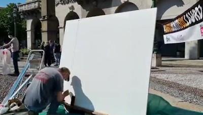 «Basta morti sul lavoro», il time lapse della manifestazione a Bergamo