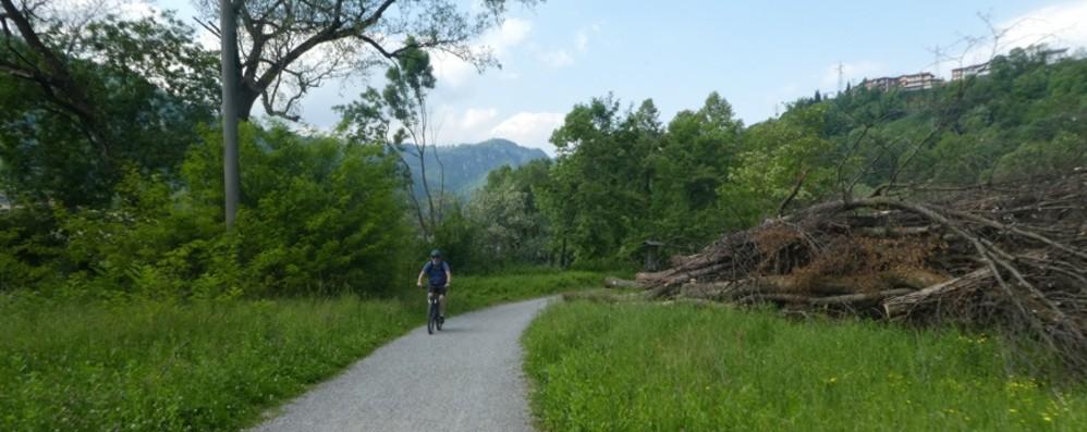 CicloSeriana, percorso a ostacoli. Le deviazioni? Segnalate male
