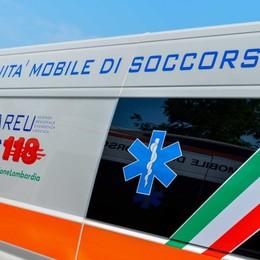 Infortunio sul lavoro ad Albano: 43enne colpito alle gambe da una lastra di metallo