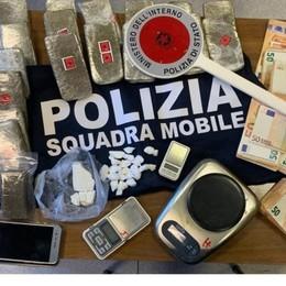 Trovato con 3 chili di droga e oltre 26 mila  euro in contanti: preso ad Arcene - Video