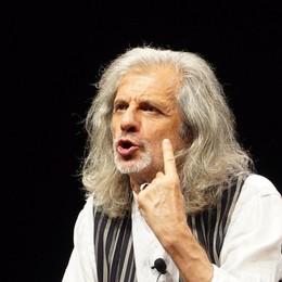 Al Donizetti weekend con Alessandro Bergonzoni: due giorni di «Trascendi e sali»