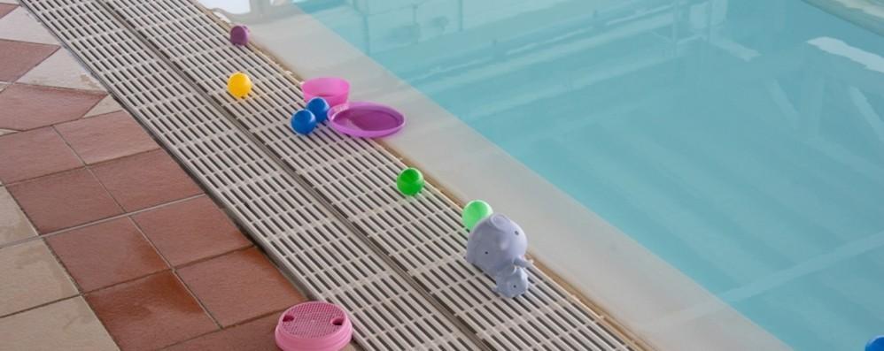 Bagnino salva una bimba in piscina: «Sono felice, ho fatto il mio dovere»