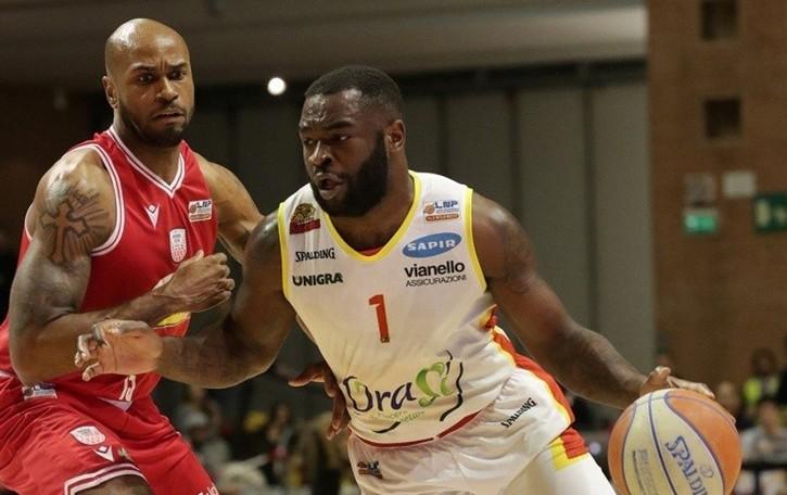 Basket, Treviglio con l'ingaggio di Giddy Potts diventa una formazione da battere