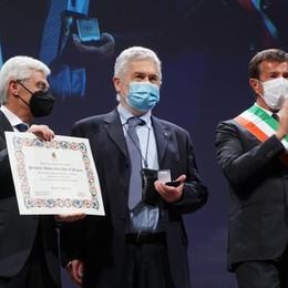 Bergamo applaude le sue eccellenze: «La comunità è forte e sa resistere» - Foto