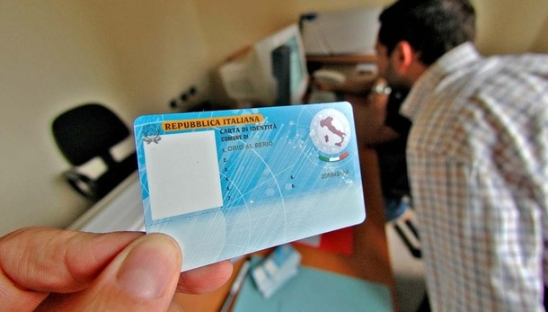 Carte d'identità, il 20% diserta gli appuntamenti. Si va verso la prenotazione a pagamento
