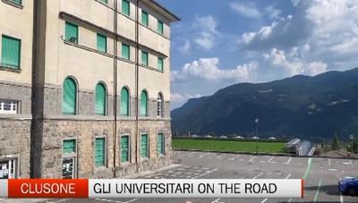 Clusone, universitari on the road al Fantoni