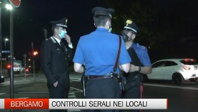 Controlli serali dei carabinieri nei locali a Bergamo ed hinterland.