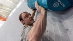 Daniele, 30 anni: a Stoccolma traccia i percorsi di arrampicata tra le vette svedesi