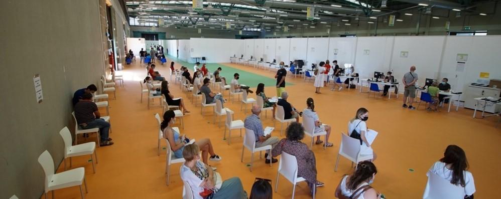 Effetto Green pass, corsa ai vaccini: nella Bergamasca 7.700 prenotazioni in 24 ore