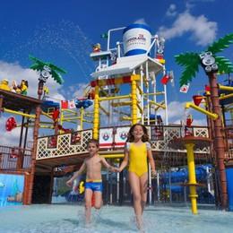 Gardaland, aperto il parco a tema Lego