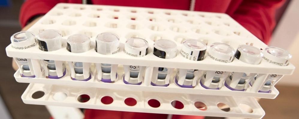 Il business dei no-vax e i grandi sponsor
