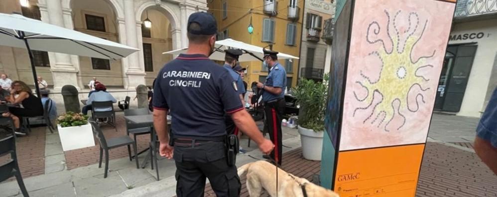 In auto nascondevano 2 chili di cocaina e 35 mila euro: tre arresti a Treviolo
