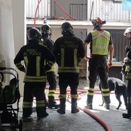 Incendio in una corte a Martinengo: evacuate due famiglie
