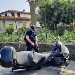 Malore mentre è in scooter a Bonate Sopra, muore 67enne di Mapello