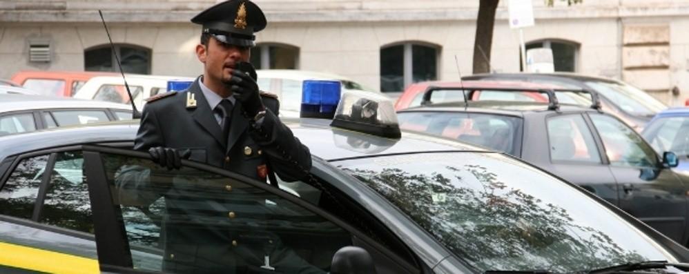 Malpensata, 170 chili di hashish nascosti in un box: blitz della Finanza, un arresto