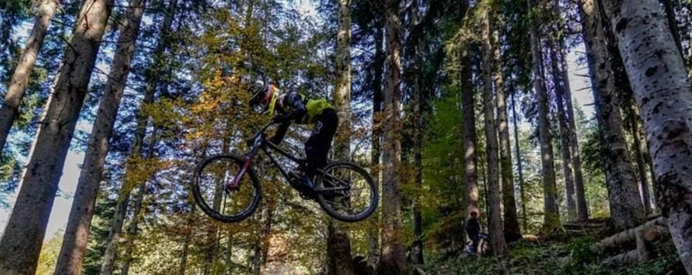 Piazzatorre capitale del Downhill, ospiterà il campionato italiano - Video