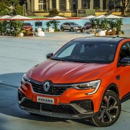 Renault Arkana, arriva l'ibrido E-Tech