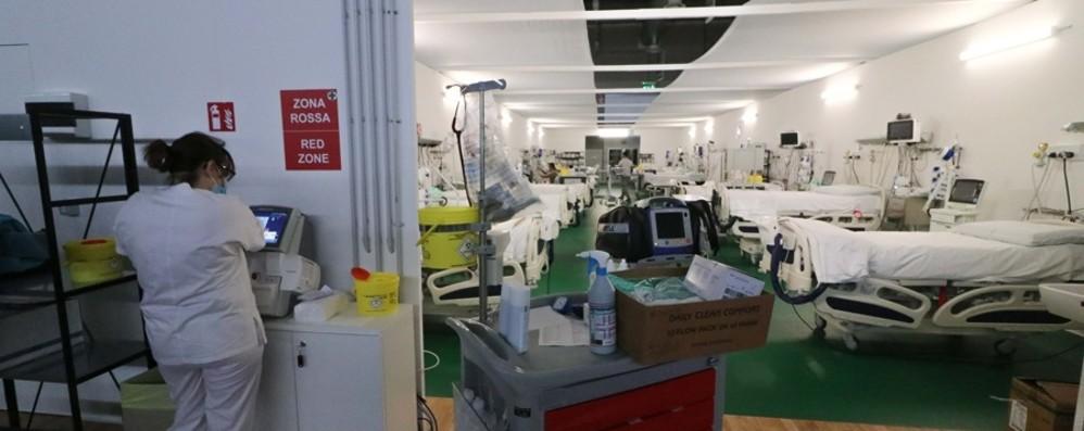 Rsa, Croce Rossa e strutture sanitarie, gli Alpini donano le attrezzature dell'ospedale in Fiera