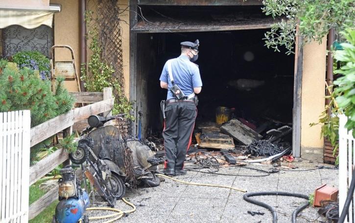 Scoppio e incendio in un garage,  soccorsi ad Arzago d'Adda