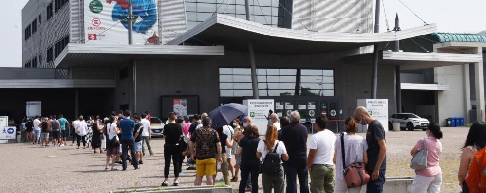 Screening contro l'epatite C in Fiera, sabato 750 adesioni. Domenica si replica