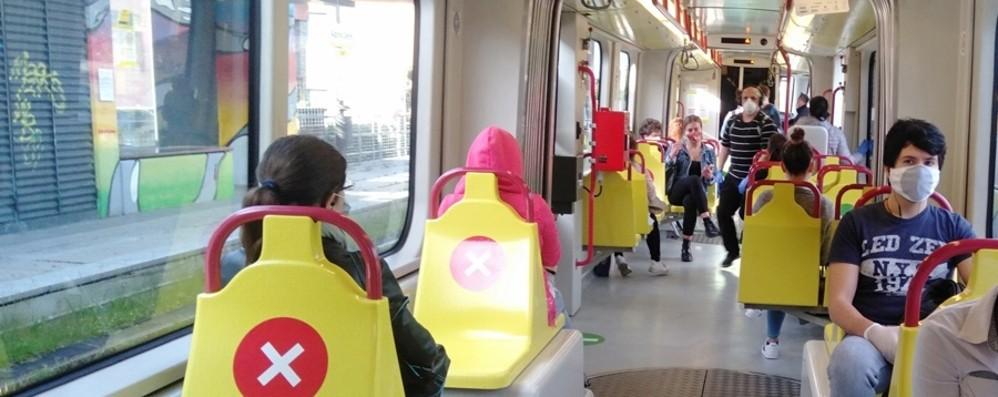Teb, l'emergenza sanitaria si riflette sul trasporto pubblico: calano i passeggeri