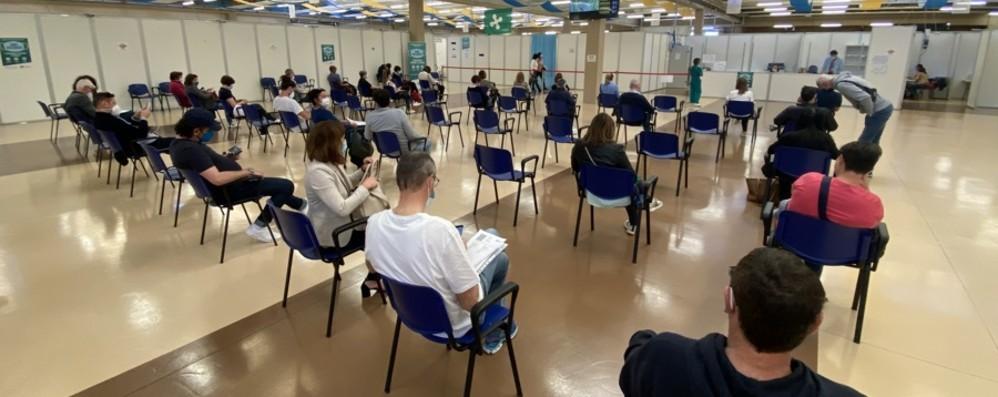 Vaccini, Moratti: «Giovedì la Lombardia supererà i 7 milioni di dosi somministrate»
