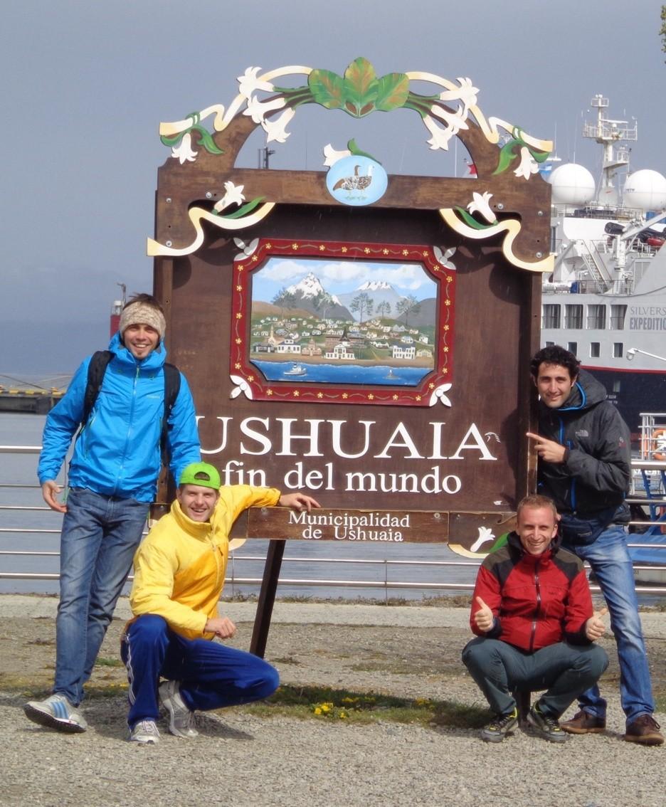 Con alcuni amici a Ushuaia, terra estrema della Patagonia nella Terra del fuoco