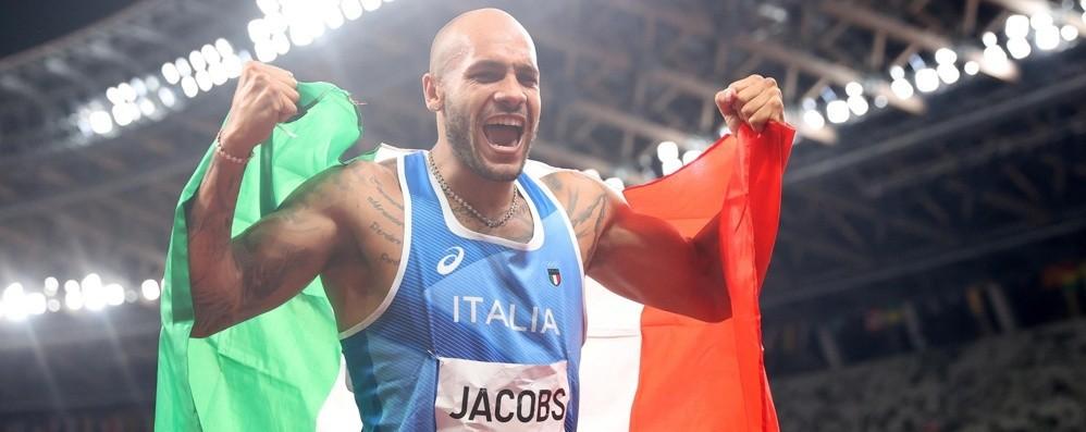Jacobs nella storia, vince l'oro nei 100 metri: «Sono felice, ho realizzato un sogno»