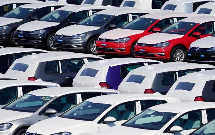 Riparte l'ecobonus delle auto, fino 2000 euro a vetture green - Ecco come fare
